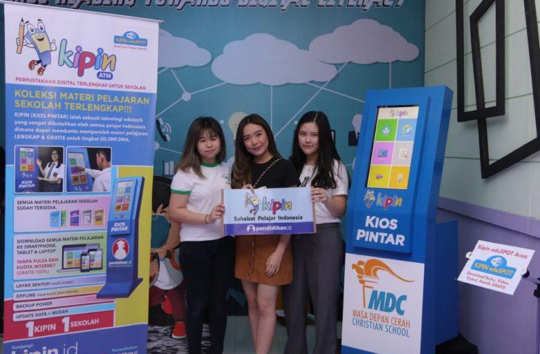 KIPIN ATM, Booth EduTech Paling Diminati di Open House Sekolah Masa Depan Cerah Surabaya
