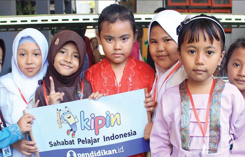 SDN Klampis Ngasem 01 Surabaya Bersama KIPIN: Belajar itu Menyenangkan, Enjoy Seperti Bermain Game!